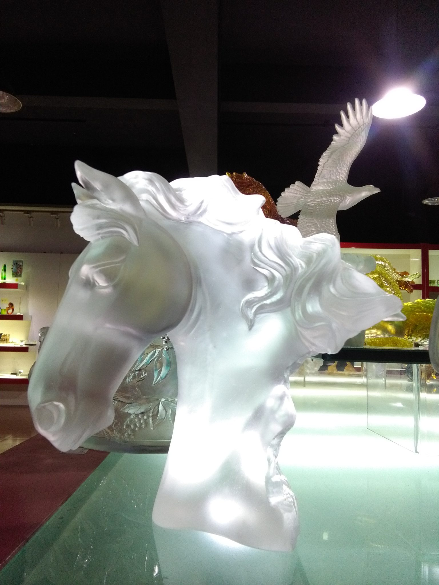 Mistral Horse Head Frosted Crystal